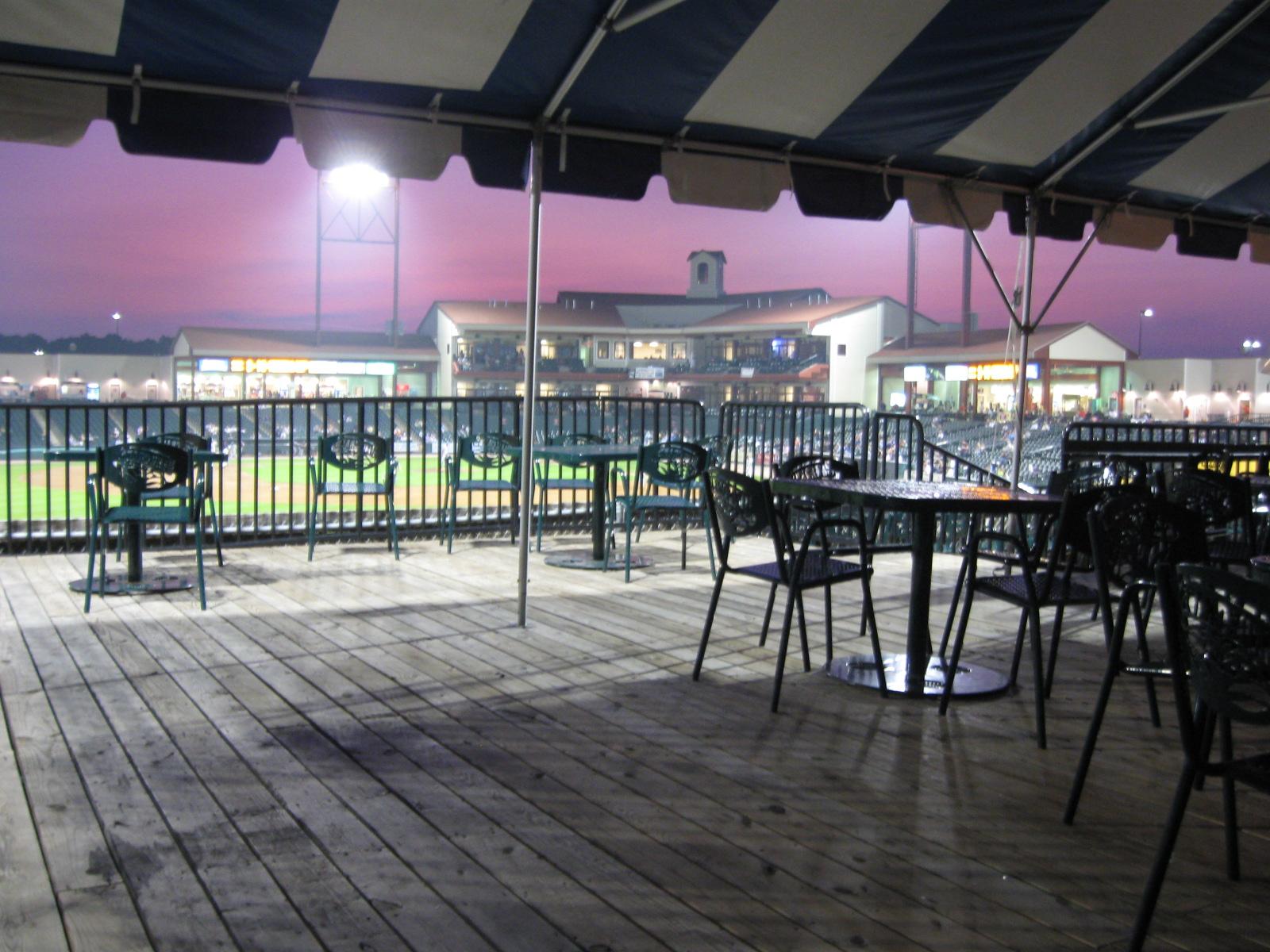 Waldorf – Regency Furniture Stadium